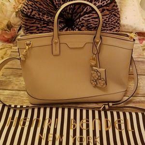 Henri Bendel NWOT Bag